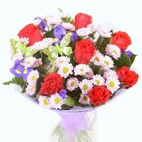 Лидия Состав букета: роза красная- 7 шт, хризантема- 5 веток, ирис- 9 шт.