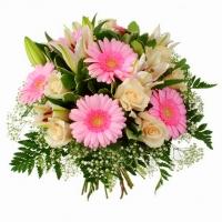 Подарок судьбы Состав букета: гербера- 7 шт, лилия- 2 ветки, роза- 9 шт, гипсофила, зелень. Подарив такой букет, Вы подарите свю свою нежность, очарование, симпатию и уважение...