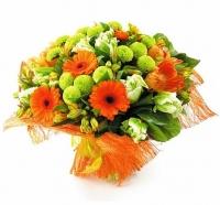 Хрустальный звон Состав букета: тюльпан- 9 шт, гербера-5 шт, хризантема- 4 ветки, альстромерия- 6 веток, зелень. Солнечный и яркий букет будет прекрасным подарком как для женщины так и для мужчины.