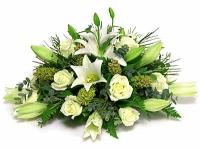 Вместе навсегда Состав: лилия- 2 шт, роза- 9 шт, зелень.