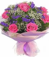 Спешу к тебе Состав букета: роза розовая- 9 шт, статица- 5 шт, гипсофила, зелень.