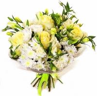Приятные минуты Состав букета: роза- 7 шт, хризантема- 5 веток, эустома- 7 веток.