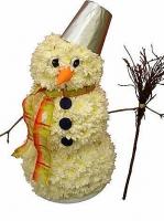 Снеговик Состав: хризантема белая- 40 веток, декор, оазис. Размер: 40 см.