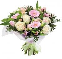 Жемчужный дождь Состав букета: роза- 9 шт, альстромерия- 10 шт, гербера- 5 шт, зелень.