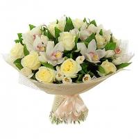 Звуки музыки Состав:роза белая- 11 шт, тюльпан- 20 шт, орхидея цимбидиум.