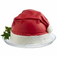 Торт Шапка Деда Мороза Вес торта: 3 кг Заказывать торт необходимо за 3- 4 дня до момента доставки! Доставка торта возможна только по Киеву и области. Выберите начинку для торта: ФруктовыйНежный ванильный бисквит, пропитанный сахарным сиропом. Крем из натуральных, взбитых сливок с кусочками фруктов (персик, киви, ананас, груша, вишня, ягоды по сезону). Шоколадно-вишневыйШоколадный бисквит, пропитанный вишневым сиропом (по желанию с коньяком), взбитые сливки с вишней и кусочками шоколада. СметанникШоколадный и ванильный бисквит, сметанный крем (по желанию с добавлением орехов и кусочками шоколада). ЛакомкаТрадиционный белый бисквит, пропитанные карамельным сиропом, нежный крем из взбитых сливок с добавлением сгущенки-ириски с вишней. Птичье молоко Нежный бисквит(ванильный или шоколадный, на выбор), пропитанный ванильным сиропом. Крем— суфле птичье молоко скусочками белого ичерного шоколада. Золотой ключик Ореховый бисквит, пропитанный кофейным сиропом, крем на основе вареной сгущенки с жаренными грецкими орехами. ТрюфельныйШоколадный бисквит с кусочками шоколада, ромовая пропитка, шоколадно трюфельный крем с кусочками шоколада. Медовик Тонкие медовые коржи, сметанный крем, чернослив, курага игрецкий орех. (Можно без сухофруктов или на выбор).