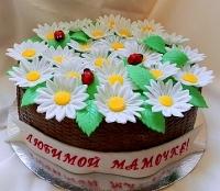 Торт Летняя корзинка Вес торта: 3 кг Заказывать торт необходимо за 3- 4 дня до момента доставки! Доставка торта возможна только по Киеву и области. Выберите начинку для торта: ФруктовыйНежный ванильный бисквит, пропитанный сахарным сиропом. Крем из натуральных, взбитых сливок с кусочками фруктов (персик, киви, ананас, груша, вишня, ягоды по сезону). Шоколадно-вишневыйШоколадный бисквит, пропитанный вишневым сиропом (по желанию с коньяком), взбитые сливки с вишней и кусочками шоколада. СметанникШоколадный и ванильный бисквит, сметанный крем (по желанию с добавлением орехов и кусочками шоколада). ЛакомкаТрадиционный белый бисквит, пропитанные карамельным сиропом, нежный крем из взбитых сливок с добавлением сгущенки-ириски с вишней. Птичье молоко Нежный бисквит(ванильный или шоколадный, на выбор), пропитанный ванильным сиропом. Крем— суфле птичье молоко скусочками белого ичерного шоколада. Золотой ключик Ореховый бисквит, пропитанный кофейным сиропом, крем на основе вареной сгущенки с жаренными грецкими орехами. ТрюфельныйШоколадный бисквит с кусочками шоколада, ромовая пропитка, шоколадно трюфельный крем с кусочками шоколада. Медовик Тонкие медовые коржи, сметанный крем, чернослив, курага и грецкий орех. (Можно без сухофруктов или на выбор).