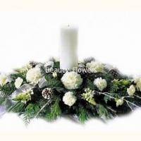 Новый Год Состав: гвоздика- 19 шт, елочные ветки, свеча, декор. Размер: 40 см.
